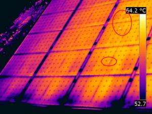 Termografia fotovoltaico pannelli solari sporchi