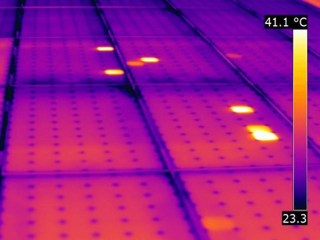 Termografia fotovoltaico effetto patchwork