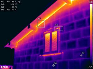 Termografia del capotto termici in vetro cellulare